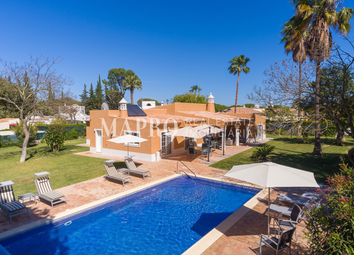 Thumbnail 4 bed villa for sale in Golden Triangle, Near Quinta Do Lago, Portugal