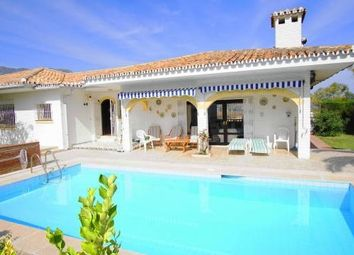 Thumbnail 4 bed villa for sale in Fuengirola, Málaga, Andalusia, Spain