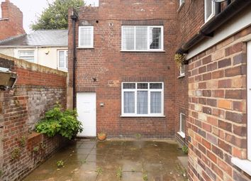 Thumbnail 1 bedroom flat to rent in Brierley Hill, West Midlands
