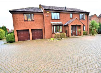 6 bed detached house for sale in Northleigh, Furzton, Milton Keynes MK4