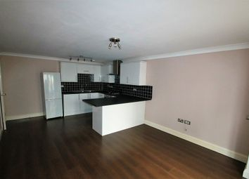 Thumbnail 1 bed flat to rent in Addiscombe Grove, Croydon