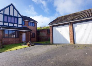 Thumbnail 4 bed detached house for sale in Mallow Walk, Royston