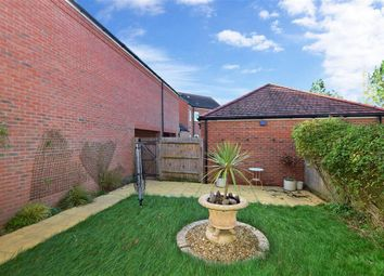 Baileys Way, Hambrook, Chichester, West Sussex PO18. 4 bed detached house for sale