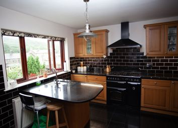 Thumbnail 5 bed detached house to rent in Caldene Avenue, Mytholmroyd, Hebden Bridge