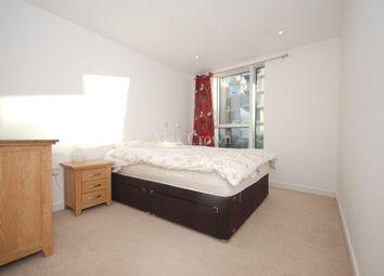 Thumbnail 3 bed flat to rent in Dunloe Street, London
