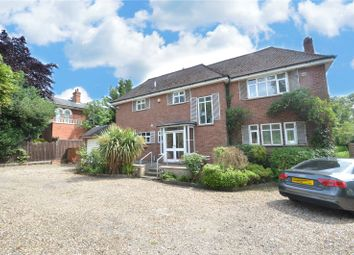 Thumbnail 3 bed detached house to rent in Bath Road, Taplow, Buckinghamshire