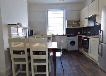 3 bed flat to rent in Victoria Road, Surbiton KT6