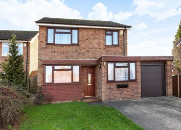 Thumbnail 3 bed detached house to rent in Montfort Rise, Redhill