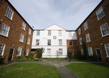 Thumbnail 1 bed property to rent in Courtyard Apartments, Teddington, Middlesex