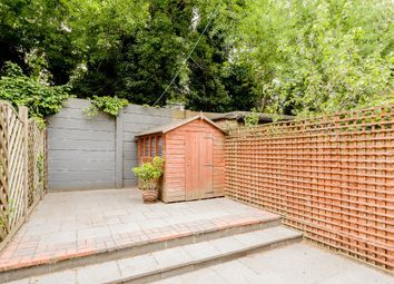 2 bed maisonette to rent in Manchester Road, London E14