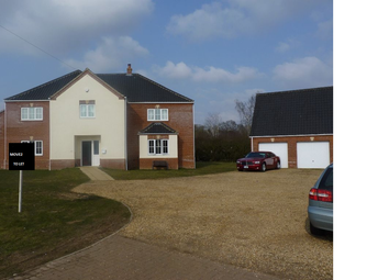 Thumbnail 6 bedroom detached house to rent in Station Road, Little Fransham, Norfolk