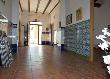 Thumbnail 6 bed property for sale in Valencia, Spain