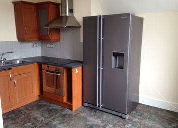 Thumbnail 1 bed flat to rent in Watergate Street, Chester