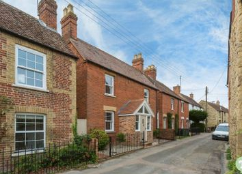 Thumbnail 3 bed detached house for sale in Kiln Lane, Wheatley, Oxford