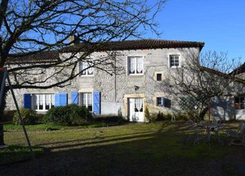 Thumbnail 6 bed country house for sale in 79190 Sauzé-Vaussais, France