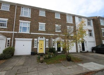 Thumbnail 4 bed property to rent in Heathfield Close, Midhurst