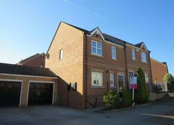 3 bed town house for sale in Thornton Road, Kendray, Barnsley S70