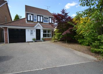 Thumbnail 3 bed detached house for sale in Evensyde, Watford, Herts