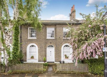 4 bed property for sale in Viceroy Road, London SW8