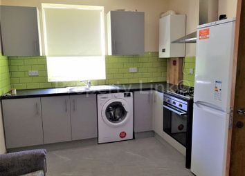 3 bed maisonette to rent in Richmond Road, Ilford IG1