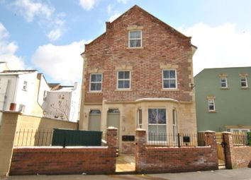 Thumbnail 2 bed flat to rent in Hill Avenue, Victoria Park, Bristol