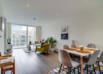 Thumbnail 2 bed flat for sale in Hamond Court, Queenshurst Square, Kingston Upon Thames