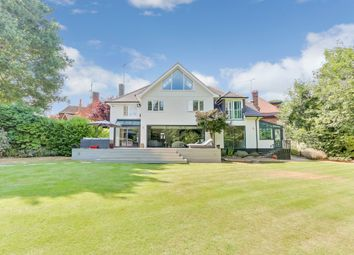 Thumbnail 6 bed detached house for sale in Warren Road, Leigh-On-Sea, Essex