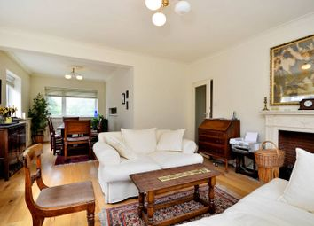 Thumbnail 2 bedroom flat to rent in Avenue Road, St John's Wood