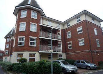 Thumbnail 2 bedroom flat to rent in Rollesbrook Gardens, Hill Lane, Southampton