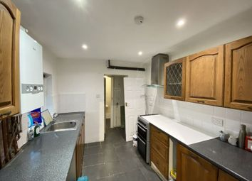 3 bed terraced house to rent in Gordon Road, Chatham ME4