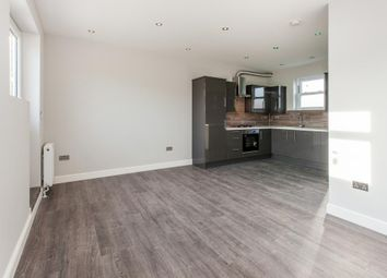 Thumbnail 2 bed flat to rent in Riversdale Road, Highbury