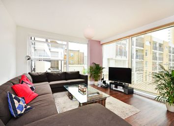 Thumbnail 4 bedroom flat to rent in Richmond Road, London Fields