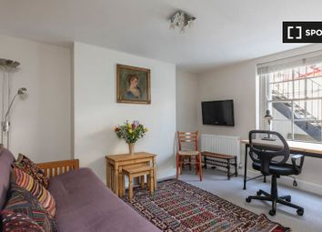 1 bed property to rent in Crescent Street, London N1