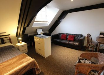 Thumbnail 1 bed flat to rent in Blackthorn Street, London
