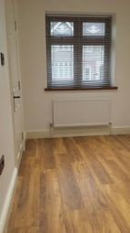 Thumbnail Room to rent in Tavistock Gardens, Ilford, 9Bd, Ilford Essex