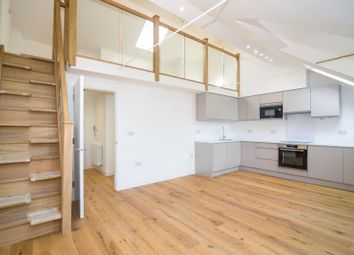 Sandycombe Road, Kew, Richmond TW9. 1 bed flat for sale