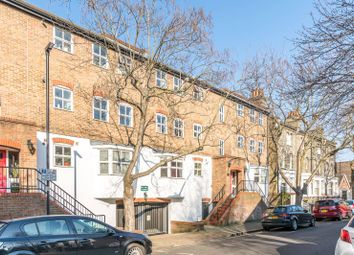 Thumbnail 2 bed flat to rent in Vauxhall Grove, Vauxhall