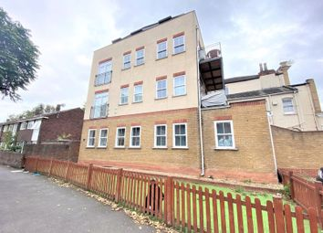 Lynton House, Albert Walk E16. 3 bed flat