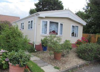 Thumbnail 2 bed mobile/park home for sale in The Blossoms, Orchard Park (Ref 5380), Chieveley, Newbury, Berkshire