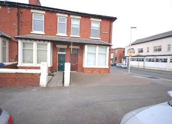 Thumbnail 1 bed flat to rent in Buchanan Street, Blackpool