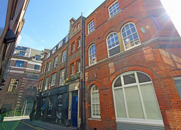 Thumbnail 1 bed flat to rent in Hanway Street, London