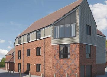 Thumbnail 2 bed flat for sale in Pilots View, Chatham, Kent