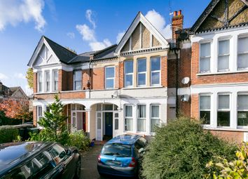 Thumbnail 3 bedroom flat to rent in Valley Road, London
