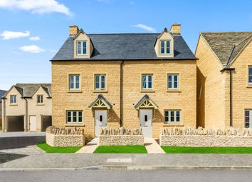 4 bed semi-detached house for sale in Quercus Road, Tetbury GL8