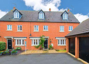 Thumbnail 4 bed town house for sale in Chainbridge Court, Thrapston