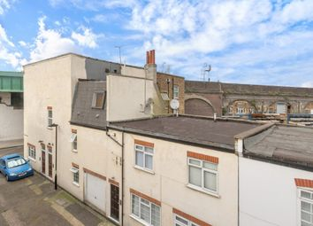 Thumbnail 4 bed terraced house to rent in Loveridge Mews, London