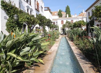 Thumbnail 1 bed apartment for sale in Senorio De Marbella, Marbella Golden Mile, Costa Del Sol