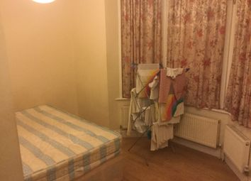 Thumbnail 2 bed shared accommodation to rent in Silverleigh Road, Thornton Heath