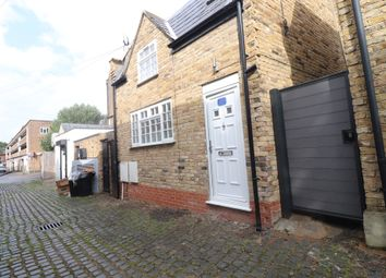 Thumbnail 1 bed mews house to rent in Caistor Mews, Balham, London