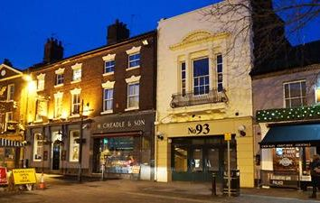 Thumbnail Leisure/hospitality to let in 93 High Street, Newcastle Under Lyme, Staffordshire